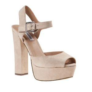 STEVE MADDEN ~ jilly nude suede platform heel